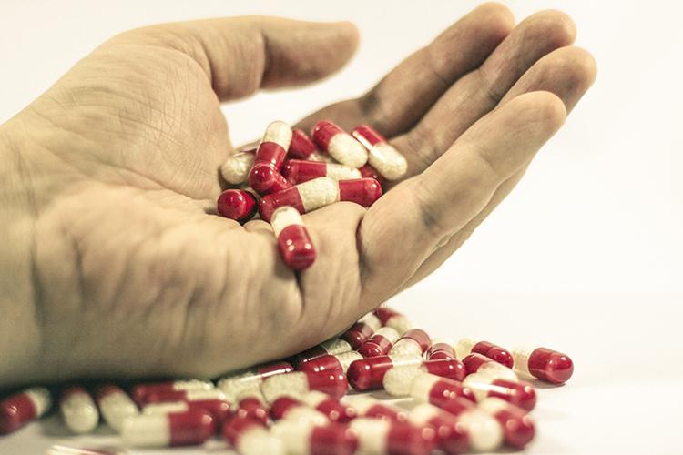 过期药该怎么处理?