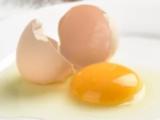 """""""假鸡蛋原来是这么做出来的"""",看看,你又上当了吧..."""