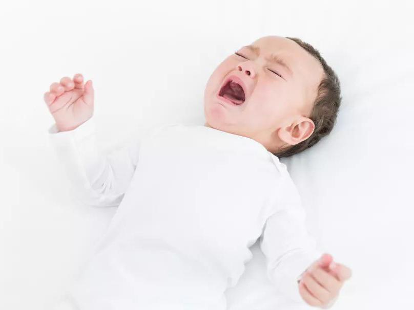 孩子突然发热、呕吐、排尿哭闹?医生提醒:当心尿路感染!